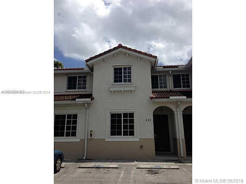 19221 NW 35th Ave , Miami Gardens, FL 33056-2207