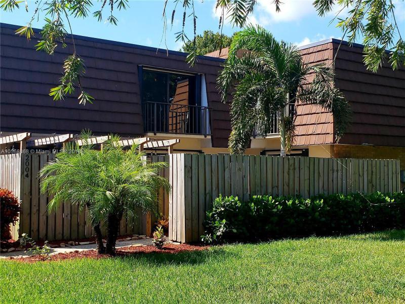 4429 Crestdale Street, Palm Beach Gardens FL 33410-