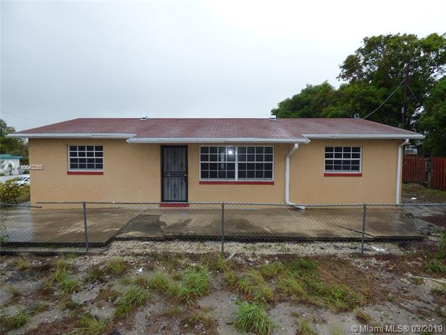 271 Hibiscus Tree Drive, Lake Worth FL 33462-
