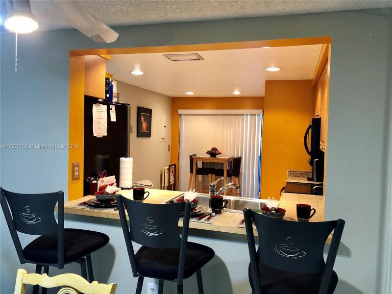 4641 NW 89th Ave  Unit 12, Sunrise, FL 33351-5355