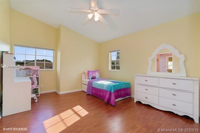 20211 NW 9th Dr, Pembroke Pines, FL, 33029