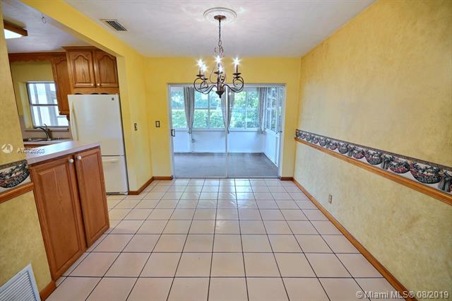 731 SW 70th Ave, Pembroke Pines, FL, 33023