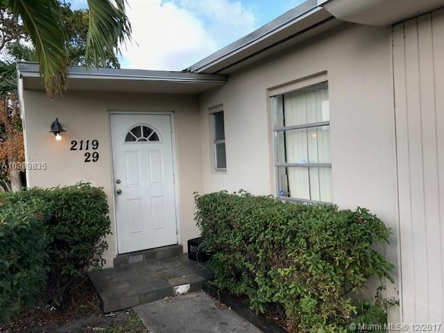 2310 N 57th Way , Hollywood, FL 33021-3220