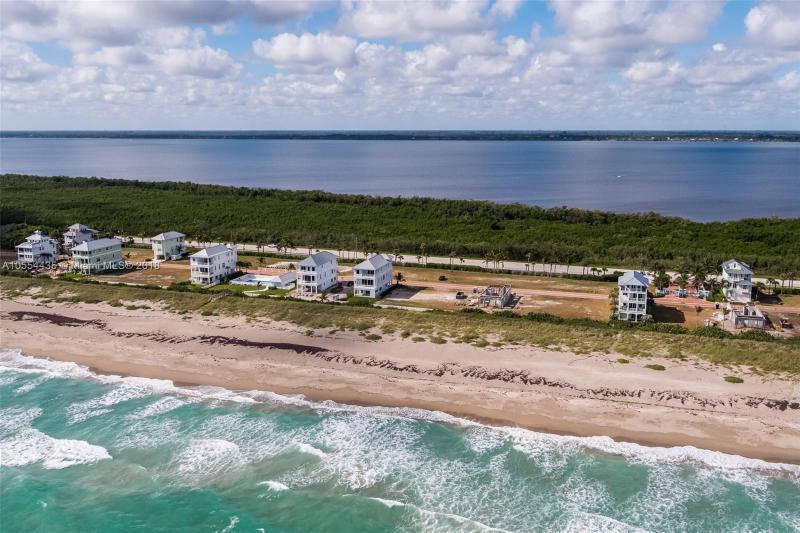 WATERSONG HUTCHINSON ISLAND FLORIDA