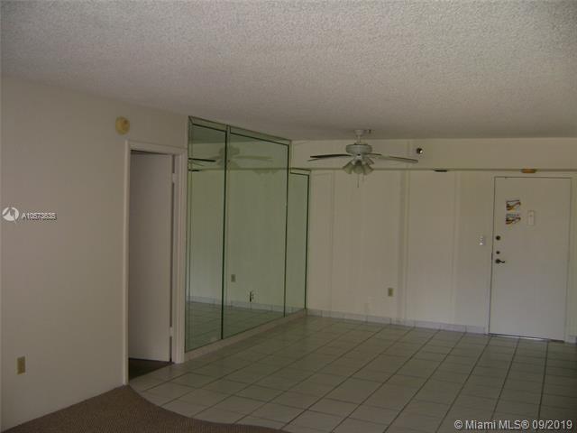900 Saint Charles Pl 209, Pembroke Pines, FL, 33026