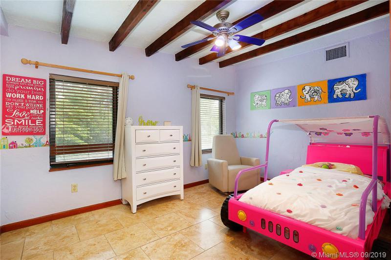 8800 SW 64 CT, Pinecrest, FL, 33156