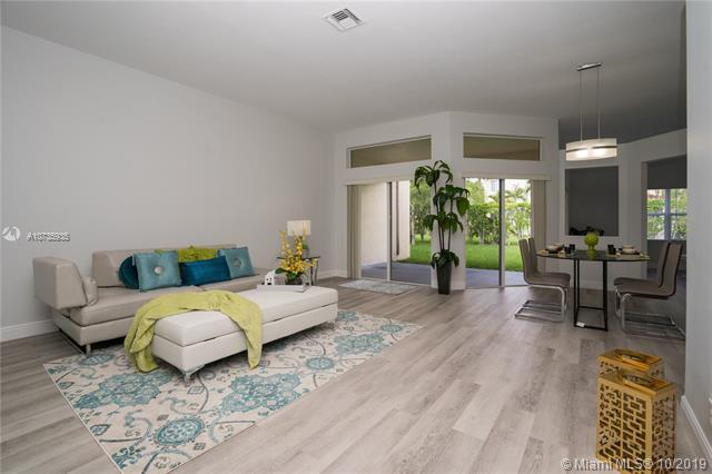 4371  Laurel Ridge Cir,  Weston, FL