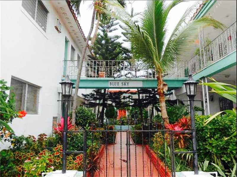 8132 Harding Ave  Unit 14, Miami Beach, FL 33141