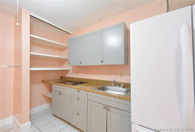 931 E 10th Pl, Hialeah, FL, 33010