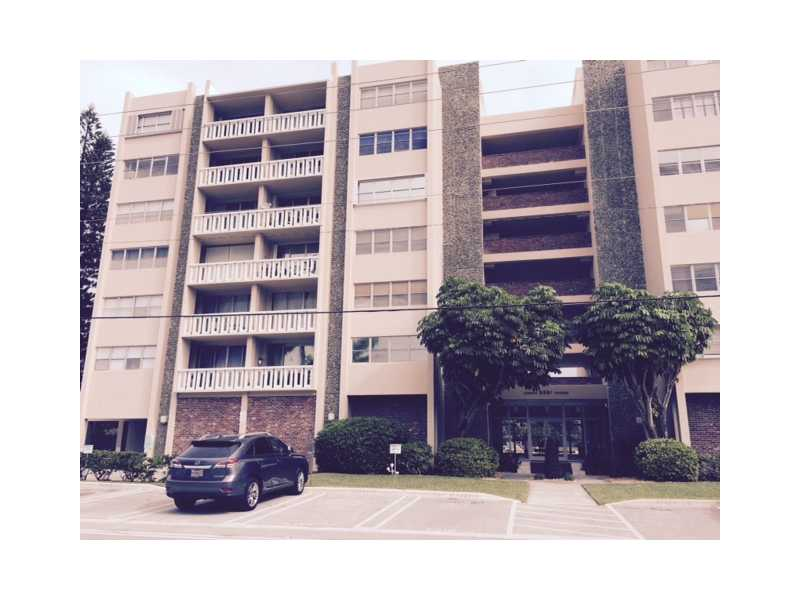 9800 Bay Harbor Dr  Unit 705, Bay Harbor Islands, FL 33154