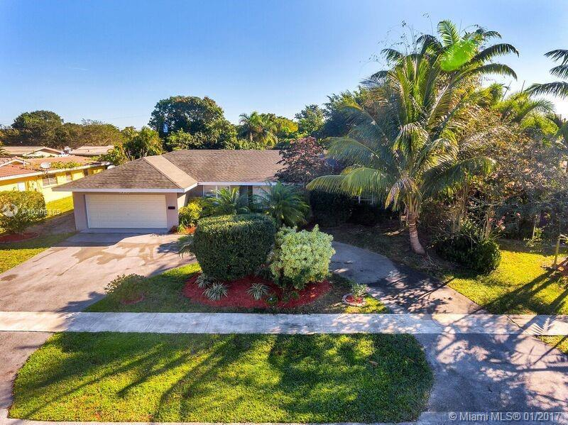 7451 11th Pl , Plantation, FL 33313