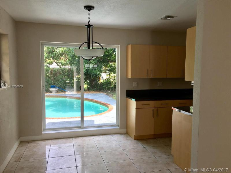 For Sale at  55 NE 170Th St North Miami Beach  FL 33162 - North Beach Park - 3 bedroom 1 bath A10256369_2