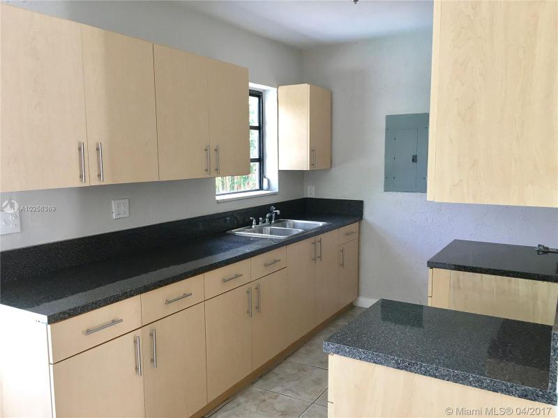 For Sale at  55 NE 170Th St North Miami Beach  FL 33162 - North Beach Park - 3 bedroom 1 bath A10256369_3