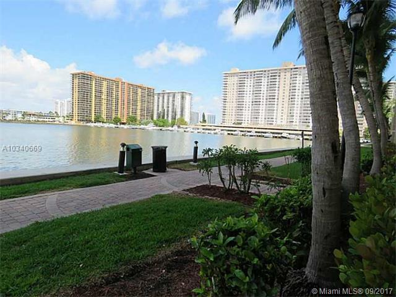 17150 N Bay Rd  Unit 2511 Sunny Isles Beach, FL 33160-3428 MLS#A10340669 Image 9