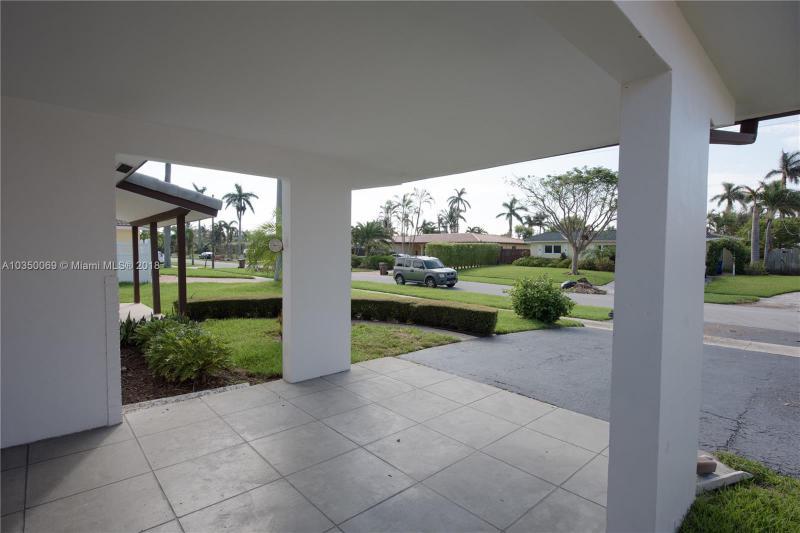 260 19 AVE, Deerfield Beach FL 33441-