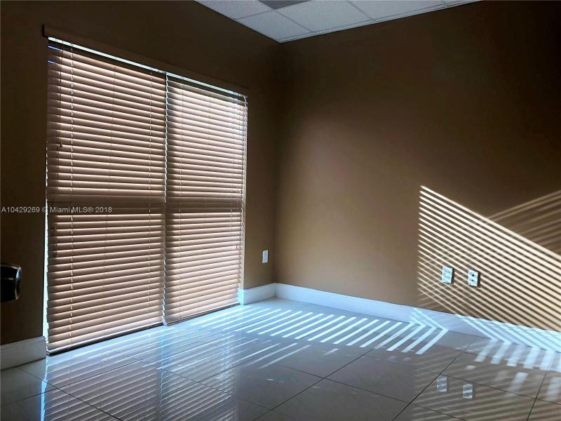 Imagen 6 de Commercial Florida>Miami>Miami-Dade   - Sale:475.000 US Dollar - codigo: A10429269