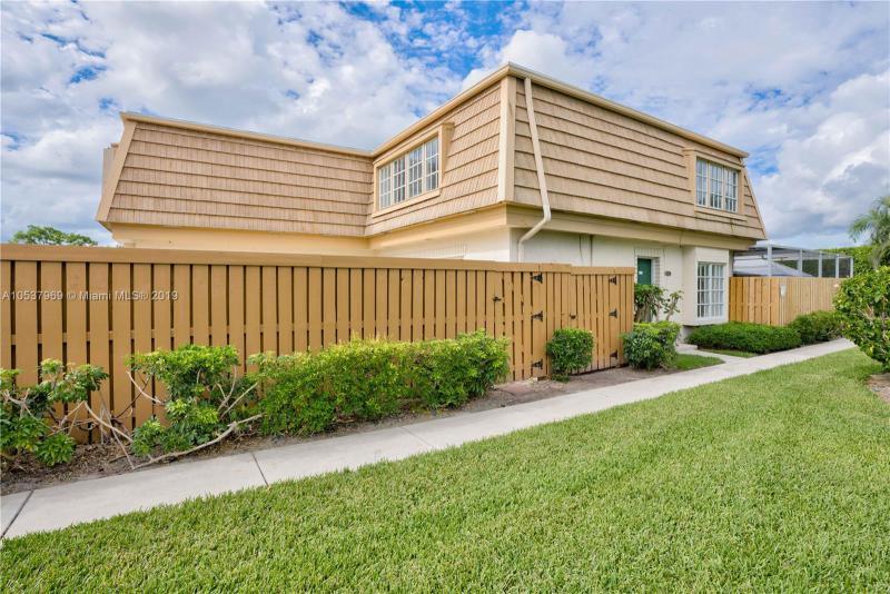 1501  Sabal Ridge Cir , Palm Beach Gardens, FL 33418-8927