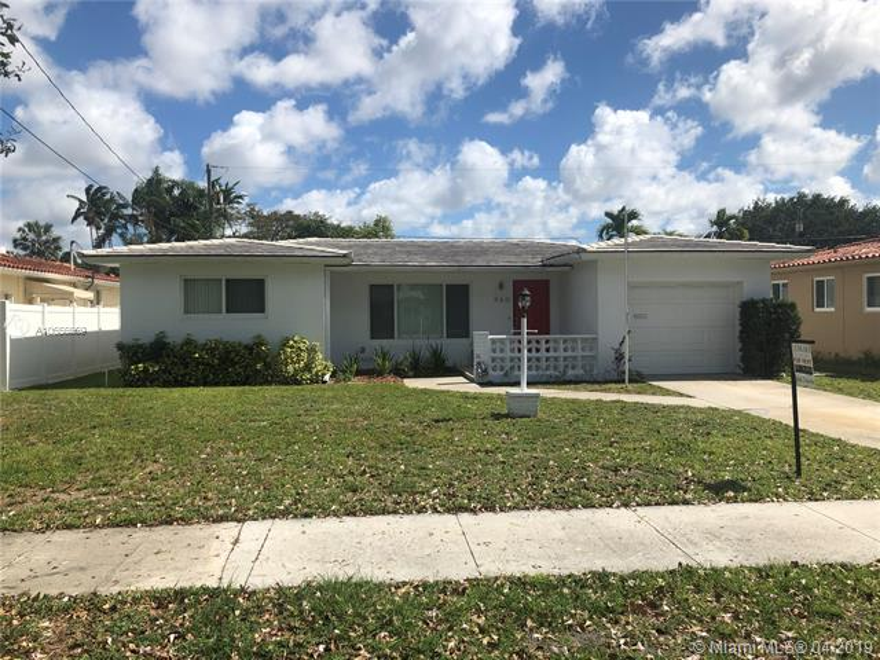 508  De Leon Dr , Miami Springs, FL 33166-5908