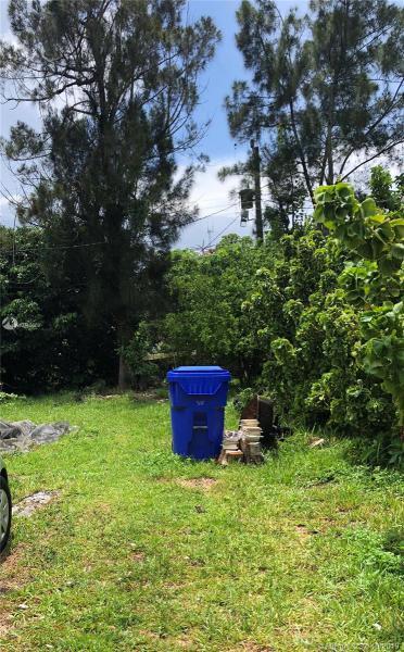 130 Miami Gardens Rd, West Park, FL, 33023