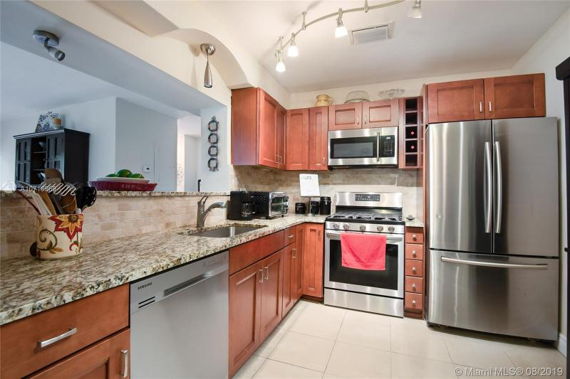 1106 NE 118th St, Biscayne Park, FL, 33161