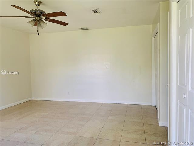 5907 SW 26th St Rear, West Park, FL, 33023