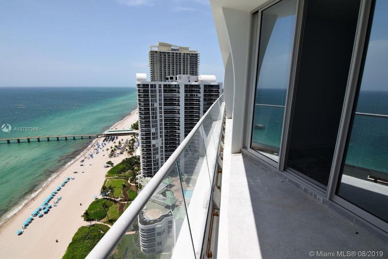 16901 N Collins Av 2404, Sunny Isles Beach, FL, 33160