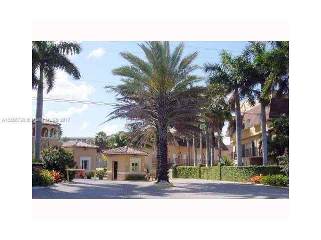 Pinecrest Condo/Villa/Co-op/Town Home A10356736