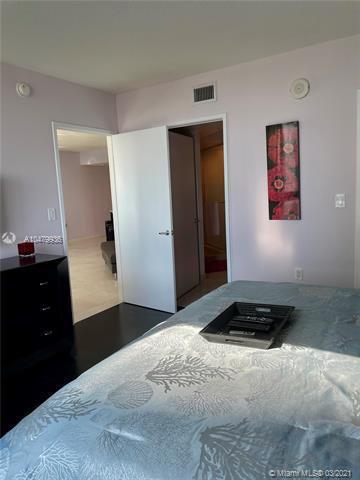 150 Sunny Isles Blvd 1-1105, Sunny Isles Beach, FL, 33160