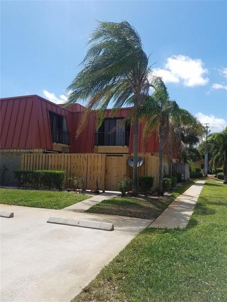 11800  Avenue Of The Pga , Palm Beach Gardens, FL 33418-
