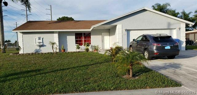 278 La Mancha Avenue, Royal Palm Beach FL 33411-