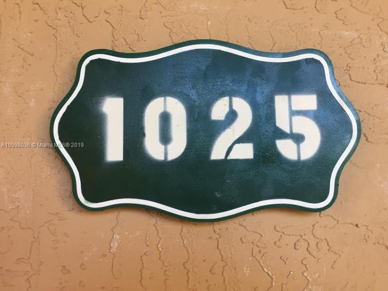 6740 NW 114 Avenue  Unit 724, Doral, FL 33178-