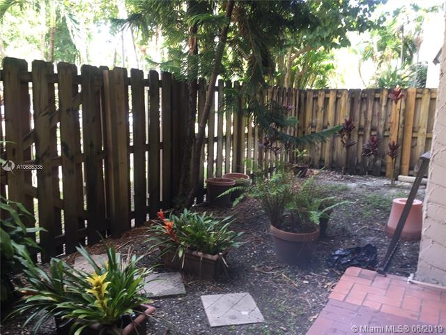6900 N Kendall Dr A104, Pinecrest, FL, 33156