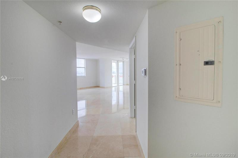 1625 Kennedy Cswy 908A, North Bay Village, FL, 33141