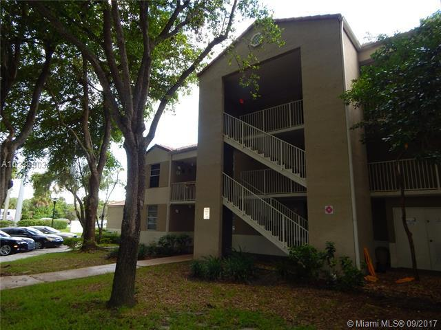 10175 TWIN LAKES DR, Coral Springs FL 33071-5365