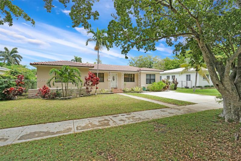 49 NE 110th St , Miami Shores, FL 33161-7043