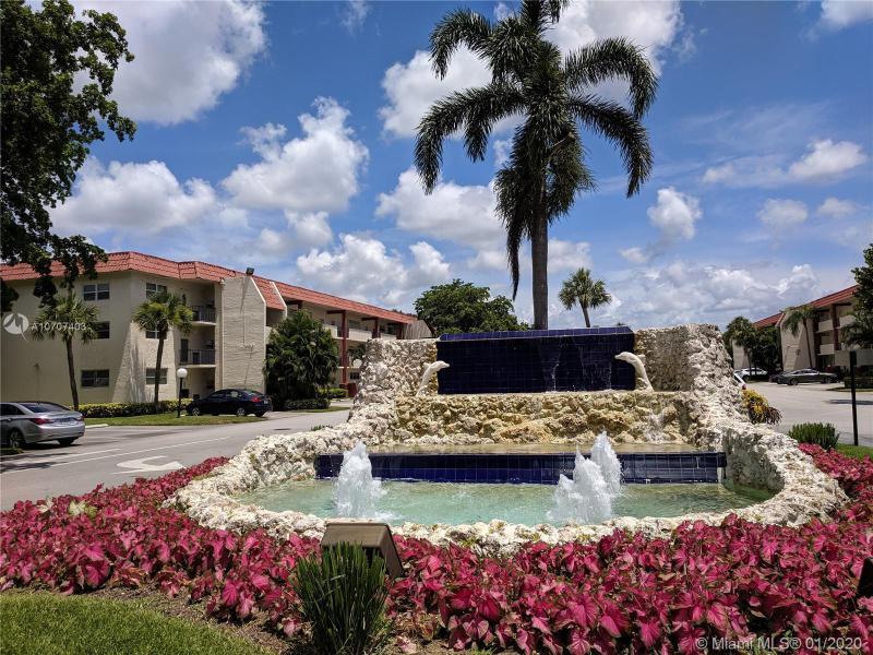 9420 S Hollybrook Lake Dr 104, Pembroke Pines, FL, 33025