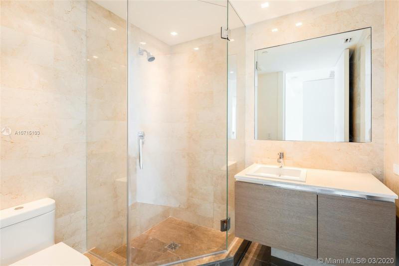 19575 Collins Ave 38, Sunny Isles Beach, FL, 33160