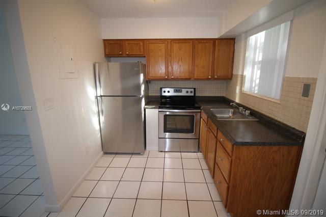 875 NE 39th St 875, Oakland Park, FL, 33334