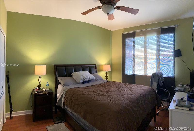 17610 NW 73rd Ave 202-5, Hialeah, FL, 33015