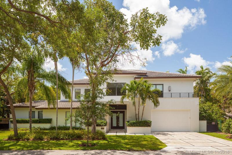 7360 SW 53 Pl,  Miami, FL