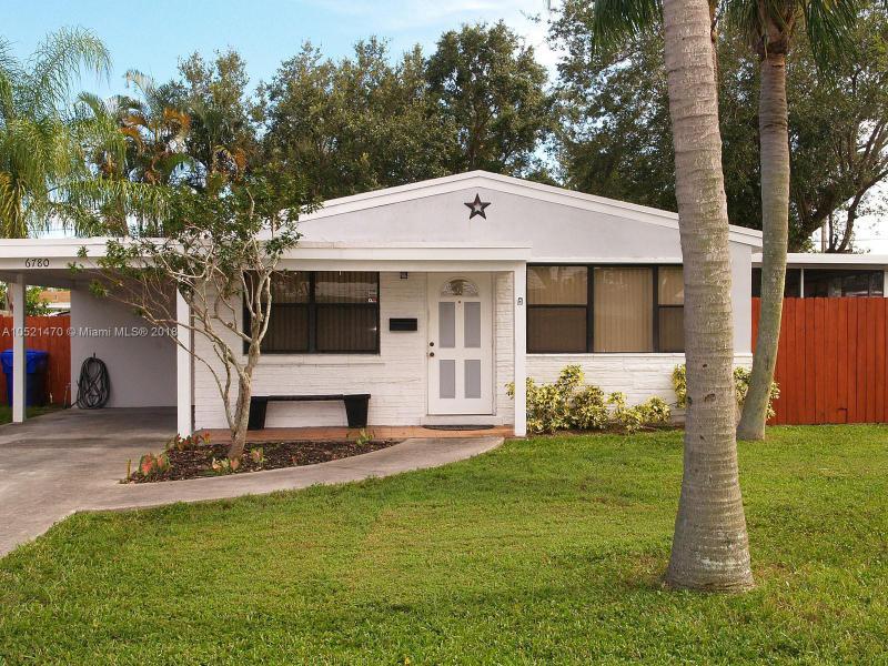 6720 Charleston St, Hollywood FL 33024-1824