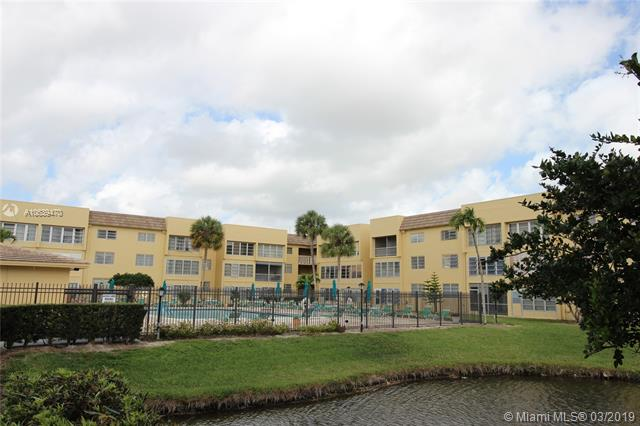 279  Oakridge P  Unit 279, Deerfield Beach, FL 33442-1939