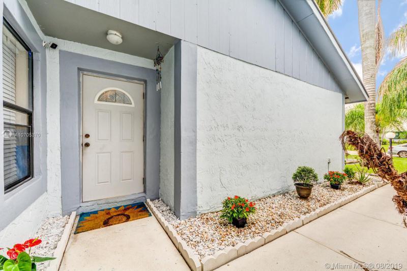 6018 NW 3rd St 6018, Margate, FL, 33063