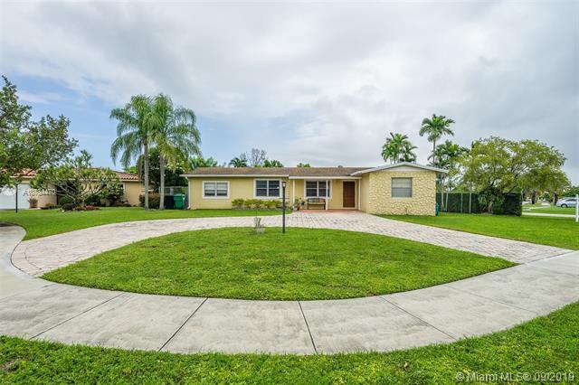 13301 SW 71st St,  Miami, FL