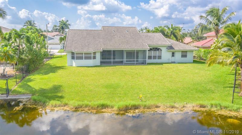 19441 NW 3rd Ct, Pembroke Pines, FL, 33029