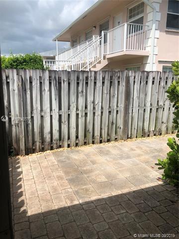 231 SW 15th St 8, Pompano Beach, FL, 33060