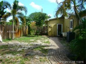 6833 16th Ct , Pembroke Pines, FL 33023