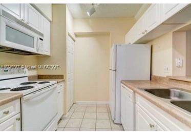 17150 N Bay Rd  Unit 2501 Sunny Isles Beach, FL 33160-3428 MLS#A10249937 Image 7