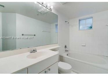 17150 N Bay Rd  Unit 2501 Sunny Isles Beach, FL 33160-3428 MLS#A10249937 Image 8