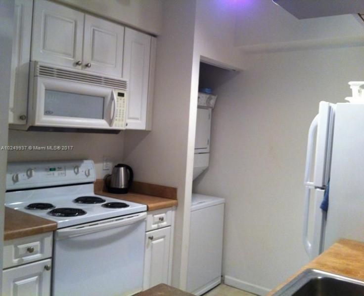17150 N Bay Rd  Unit 2501 Sunny Isles Beach, FL 33160-3428 MLS#A10249937 Image 9